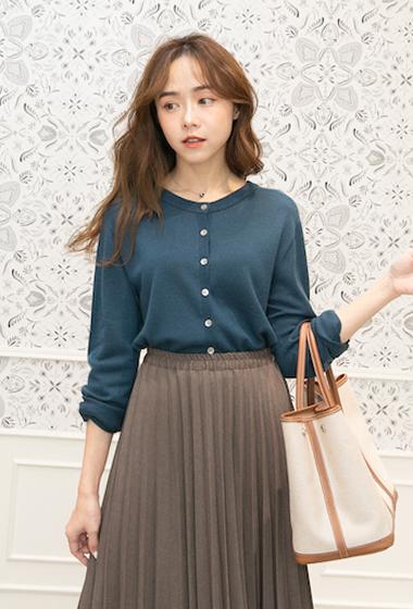 100%特級美麗諾羊毛柔軟圓領排釦針織外套