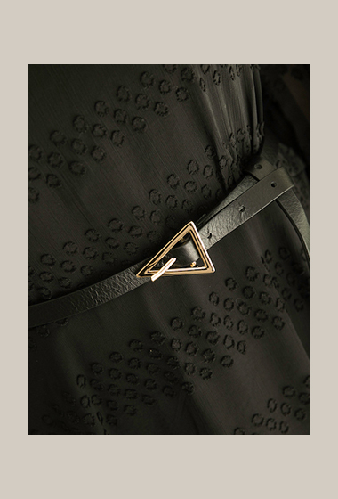 簡單個性真皮三角細皮帶